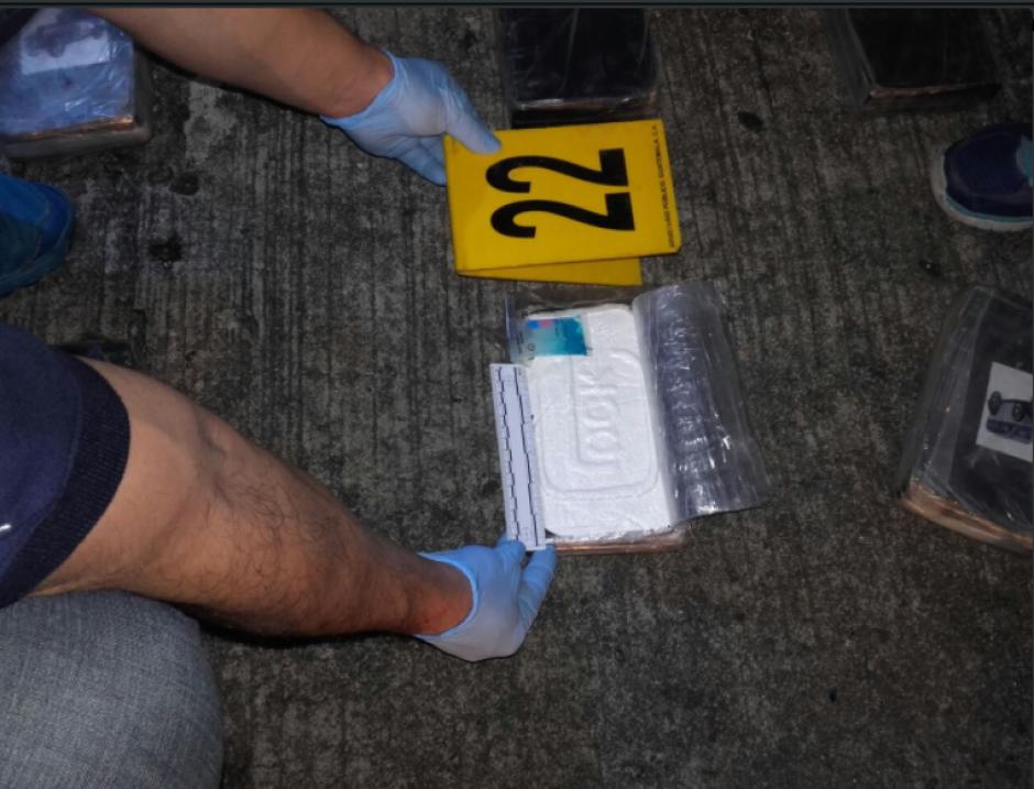 El análisis de campo dio presuntivo positivo de cocaína. (Foto: MP)