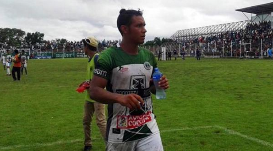 El futbolista entró a una cirugía en la espalda y terminó en coma. (Foto: Infobae)