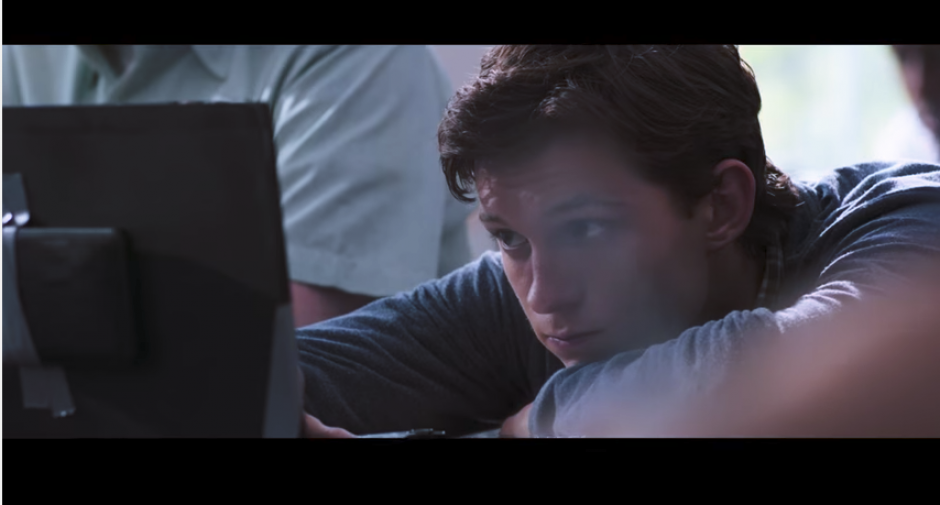 El protagonista de esta cinta es Tom Holland. (Captura Youtube)