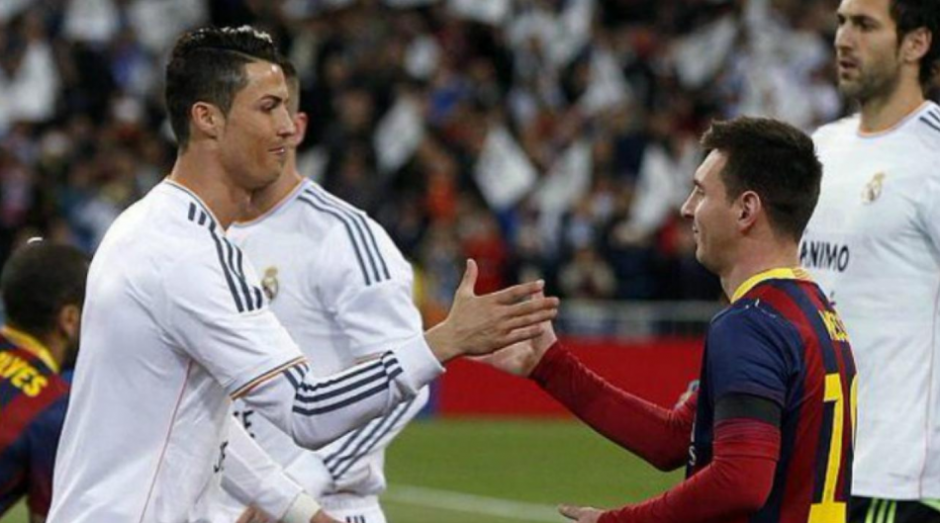 Saludo entre ambos en un clásico de la temporada 2013-2014. (Foto: Archivo AS)