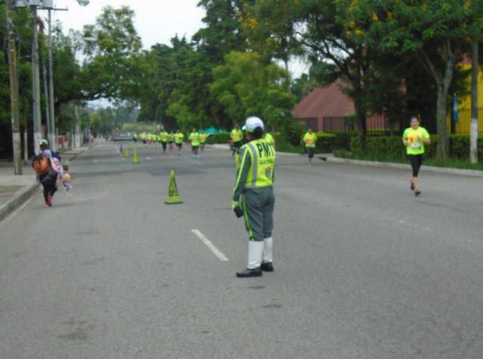 Este fin de año, 800 agentes están dispuestos para regular el tráfico. (Foto: Amilcar Montejo/PMT)