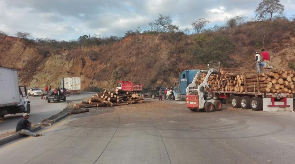 Más de tres kilómetros de cola causó el accidente. (Foto: Provial/TránsitoPNC)