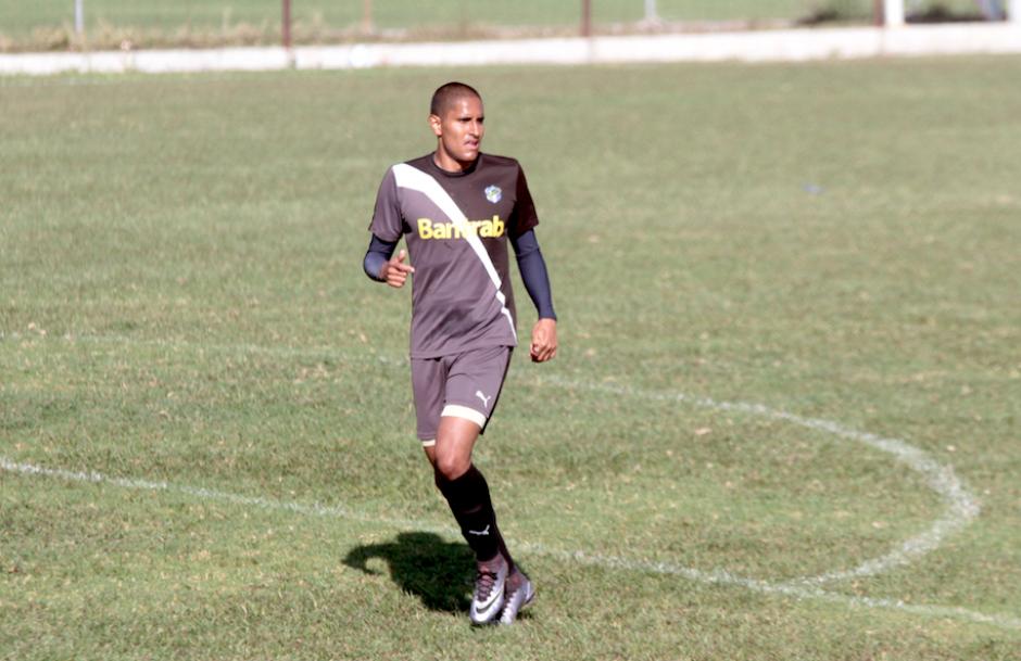 El mexicano David Izazola espera debutar con gol en Comunicaciones. (Foto: Luis Barrios/Soy502)