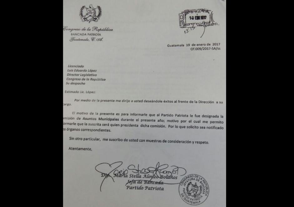 La firma llama la atención de la diputada por el Partido Patriota. (Foto: Diario La Hora)