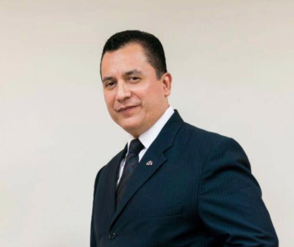 El exintegrante del Tribunal de Honor, Luis Fernando Ruiz, preside la planilla 3, con Unión Gremial. (Foto: Facebook)