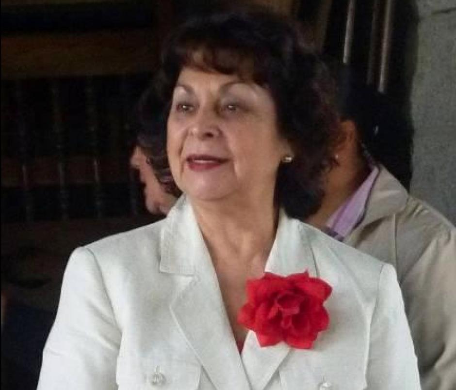 Raquel Blandón, quien se postuló en 2011 como compañera de fórmula de Manuel Baldizón, preside la planilla 5. (Foto: Facebook)