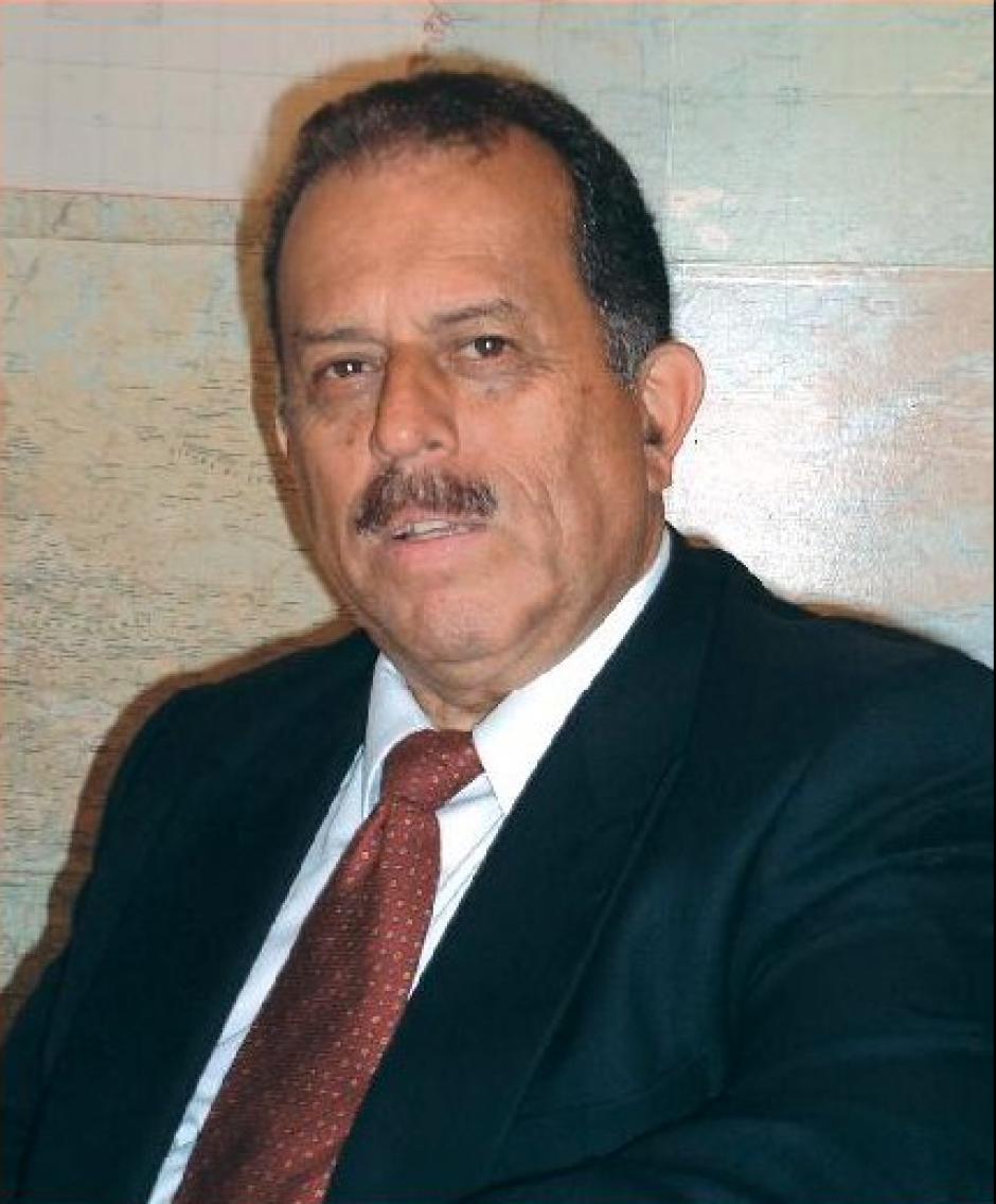 Erwin Lobos Ríos dejó su cargo como presidente del Tribunal Electoral del CANG para postularse. Ocupa la planilla 6. (Foto: Facebook)