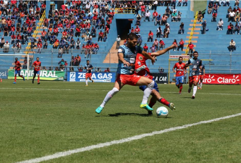 Los Rojos quieren ganar para pelear por el liderato. (Foto: Alejandro Balan/Soy502)
