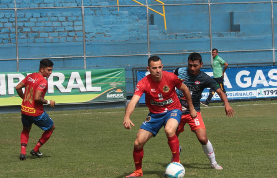 Marco Pablo Pappa debutó en Municipal ante Mictlán. (Foto: Luis Barrios/Soy502)