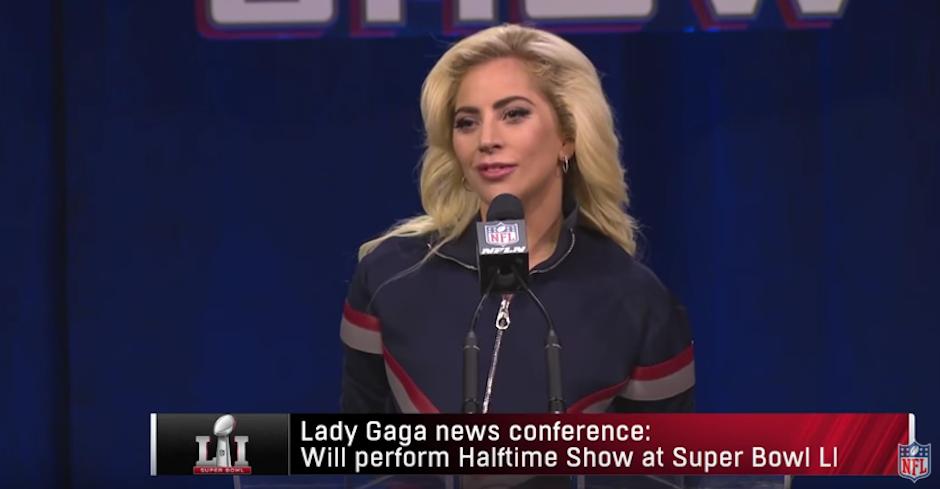 En conferencia de prensa no reveló nada de su show. (Foto: captura de pantalla)