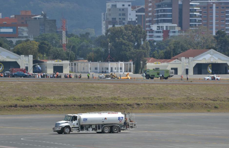 El aeropuerto La Aurora está cerrado por el momento. (Foto: Wilder López/Soy502)