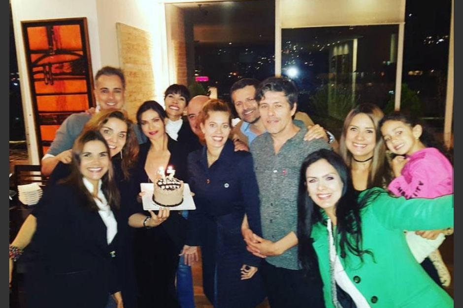 """El elenco original de """"Betty la fea"""" se reunirá para una nueva puesta en escena. (Foto: Univisión)"""