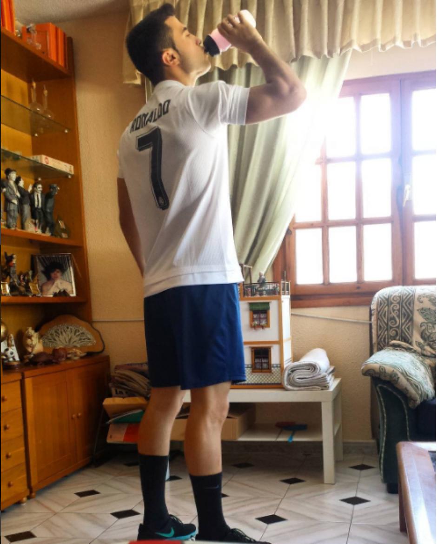 El modelo entrena todos los días para tener los músculos de CR7. (Instagram Diego Dávila)