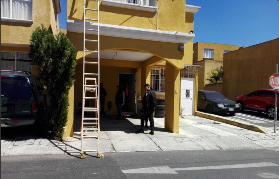 El allanamiento tuvo lugar en las casas 121 y 123 del residencial. (Foto: Ministerio Público)
