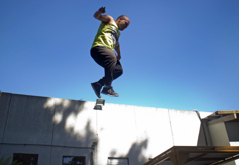 Es un deporte urbano que se basa en saltos y uso del espacio para hacer acrobacias. (Foto: José Dávila/Soy502)