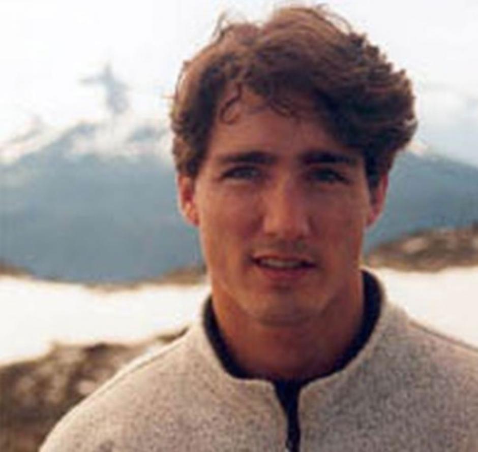 Las publicaciones fueron hechas luego que el actor Alec Mapa compartiera una fotografía del político. (Foto: Infobae)
