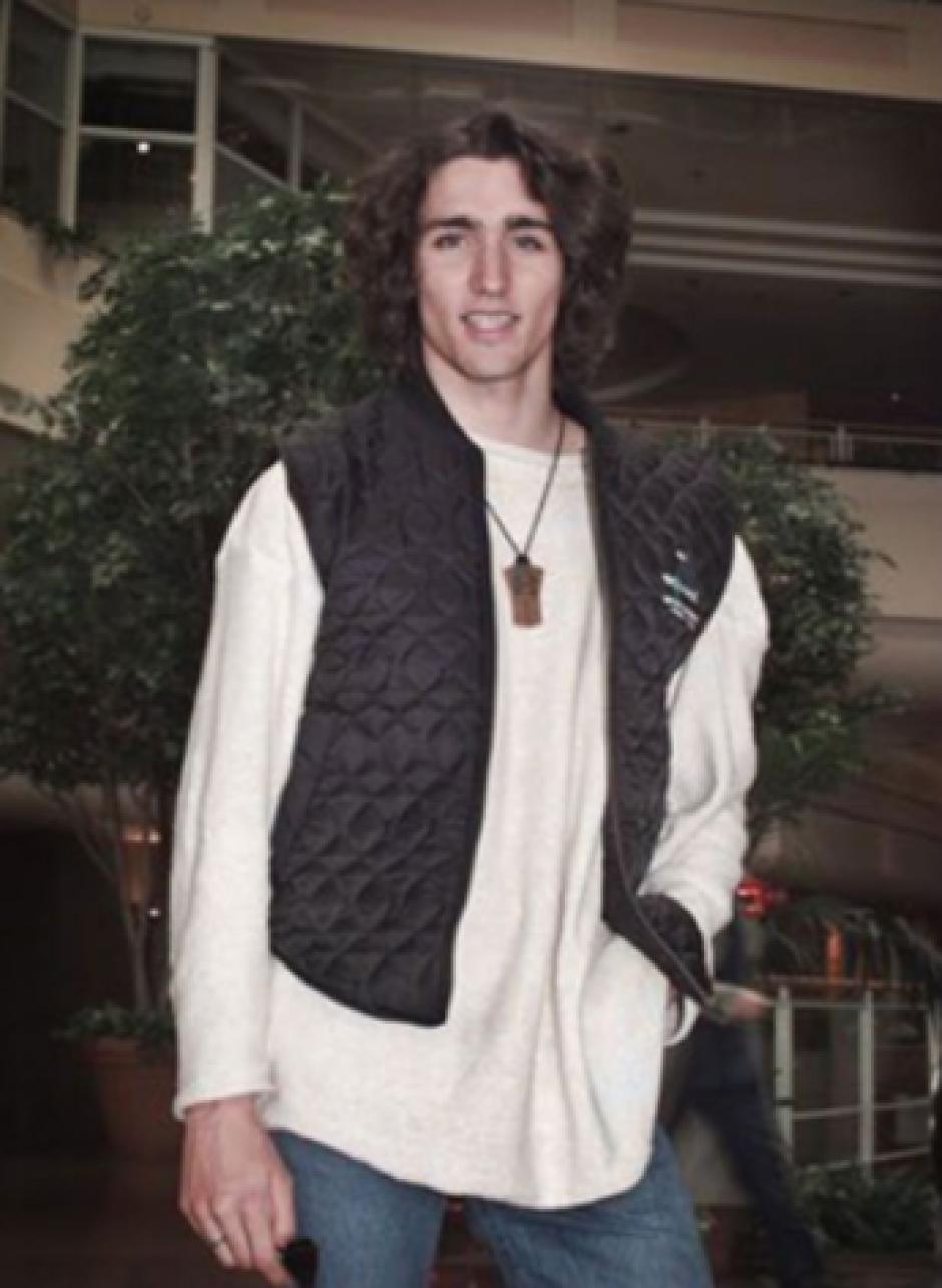 En las imágenes Trudeau tenía alrededor de 20 años. Actualmente tiene 45 años. (Foto: Infobae)