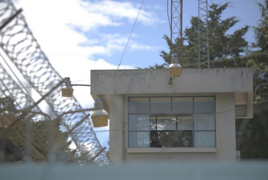 En el centro hay torres de vigilancia. (Foto: Wilder López/soy502)