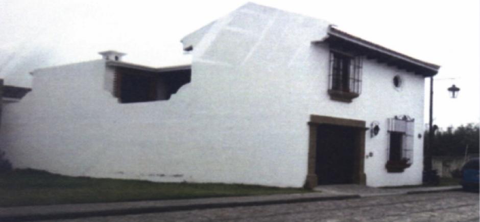 Vista de la residencia que construyó Emilenne Mazariegos con el dinero de la municipalidad de Chicamán, Quiché. (Foto: MP)