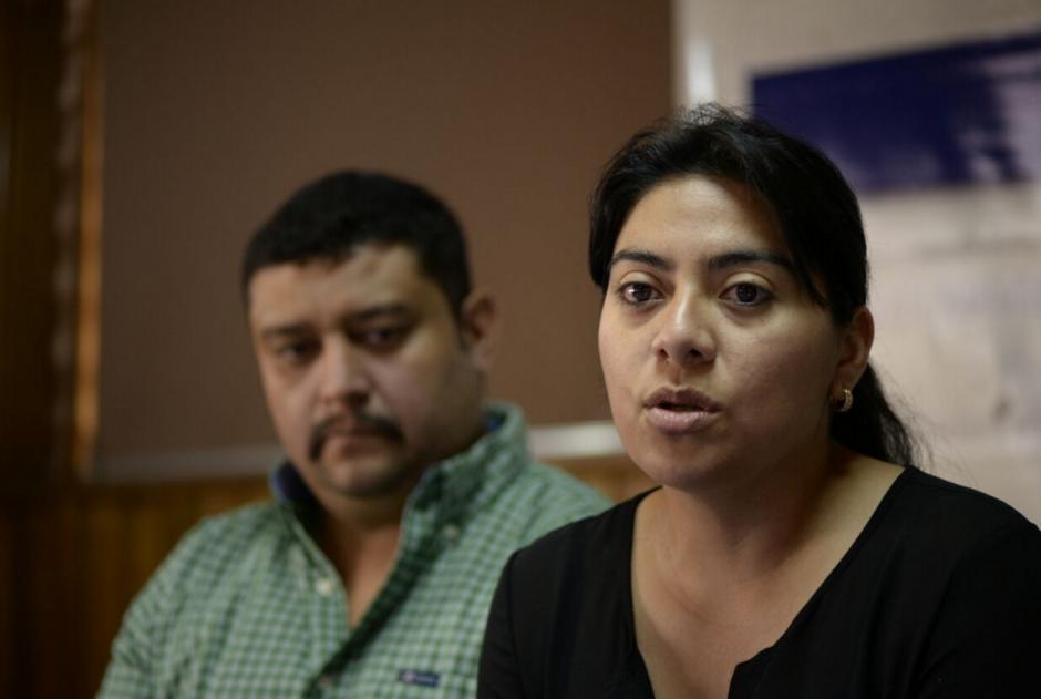 Los padres de Alex explicaron las razones por las que se separaron de sus abogados. (Foto: Wilder López/soy502)