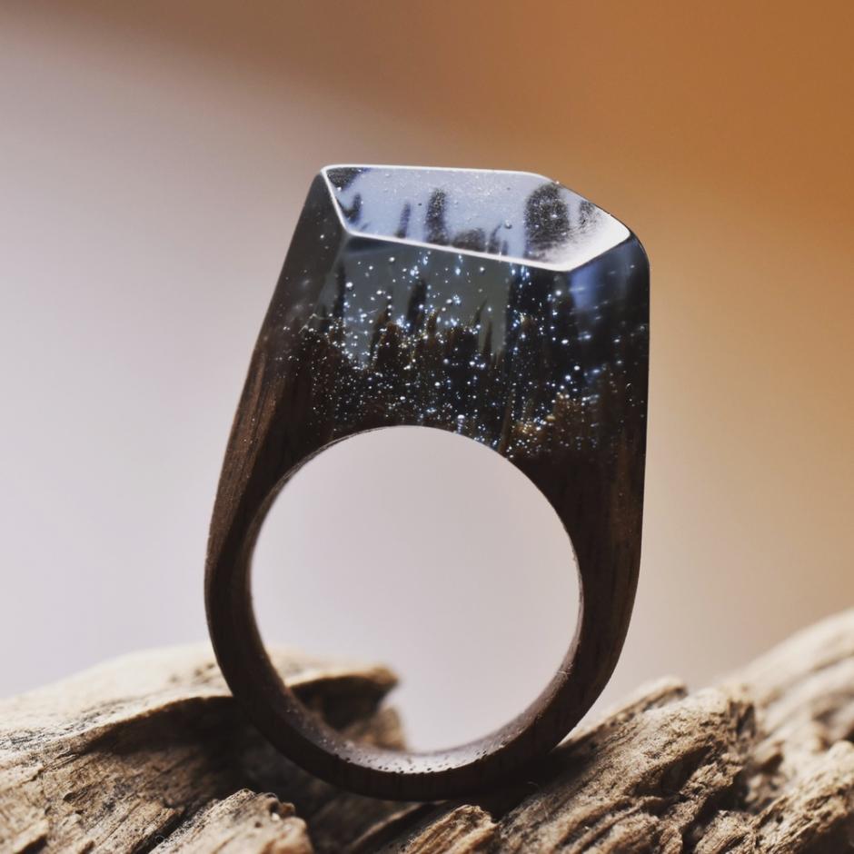 La creación de estos anillos es obra y arte de manos canadienses (Foto: Secret Wood)