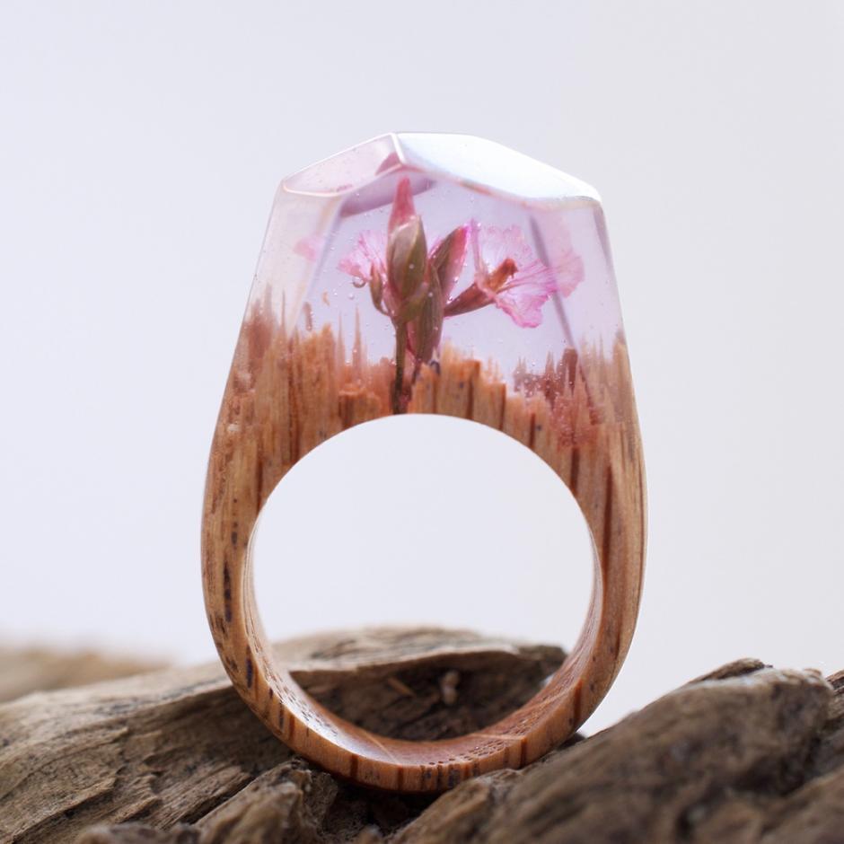 Estos anillos son piezas únicas, pues no hacen dos piezas iguales. (Foto: Secret Wood)