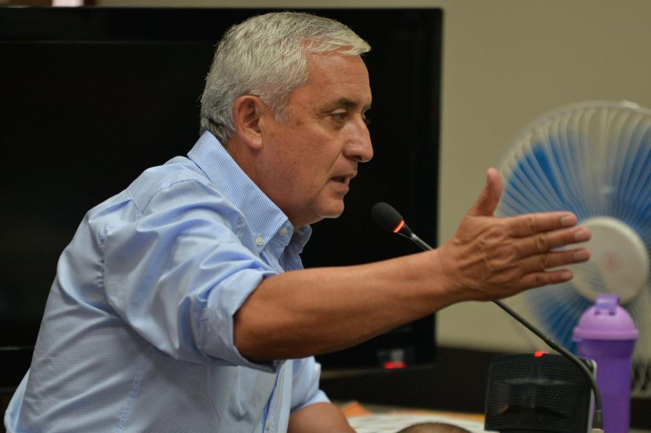 Otto Pérez tomó la palabra mientras discutían sobre un recurso de la defensa. (Foto: Wilder López/Soy502)