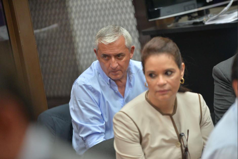 Otto Pérez y Baldetti escucharon dos de las cuatro horas de la declaración de JC Monzón. (Foto: Wilder López/Soy502)