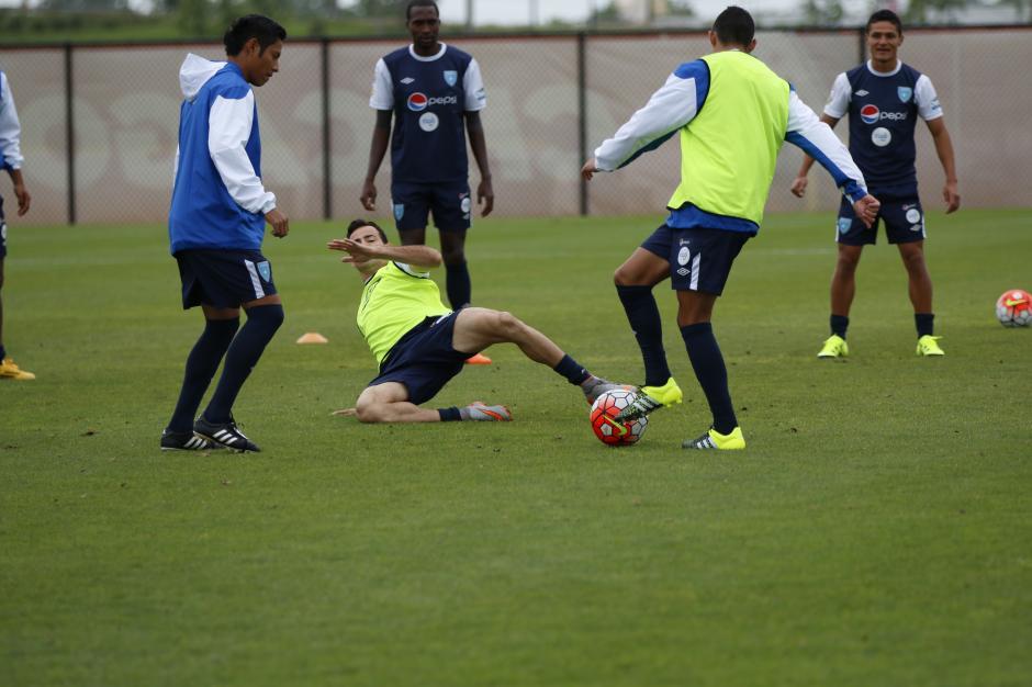 La Selección de Fútbol de Guatemala realizó el último entreno probado a los 11 posibles jugadores. (Foto: Aldo Martínez/Nuestro Diario)