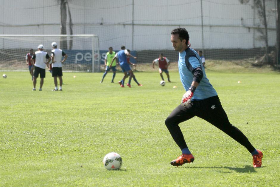 El portero Ricardo Jerez peleará el puesto con Paulo Motta y José Carlos García. (Foto: Luis Barrios/Soy502)