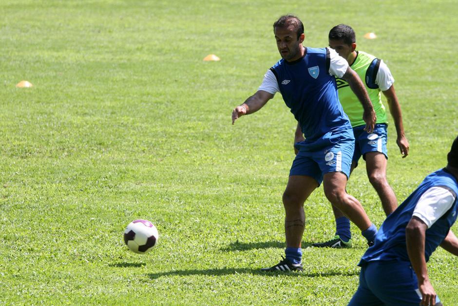 José Contreras se pone a punto en lo físico y a la idea del técnico Walter Claverí. (Foto: Luis Barrios/Soy502)