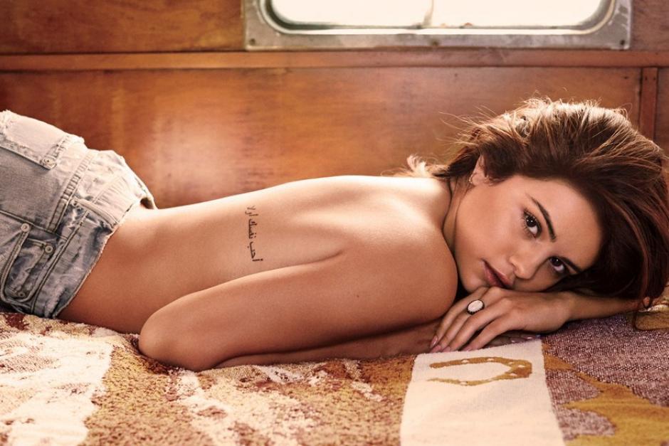 La revista de moda para hombres GQ publicó una sensual serie de fotos de Selena Gomez. (Foto: GQ)