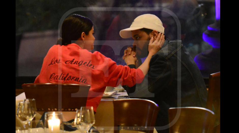 La pareja estaba muy acaramelada en Italia. (Foto: Selena Gomez News)
