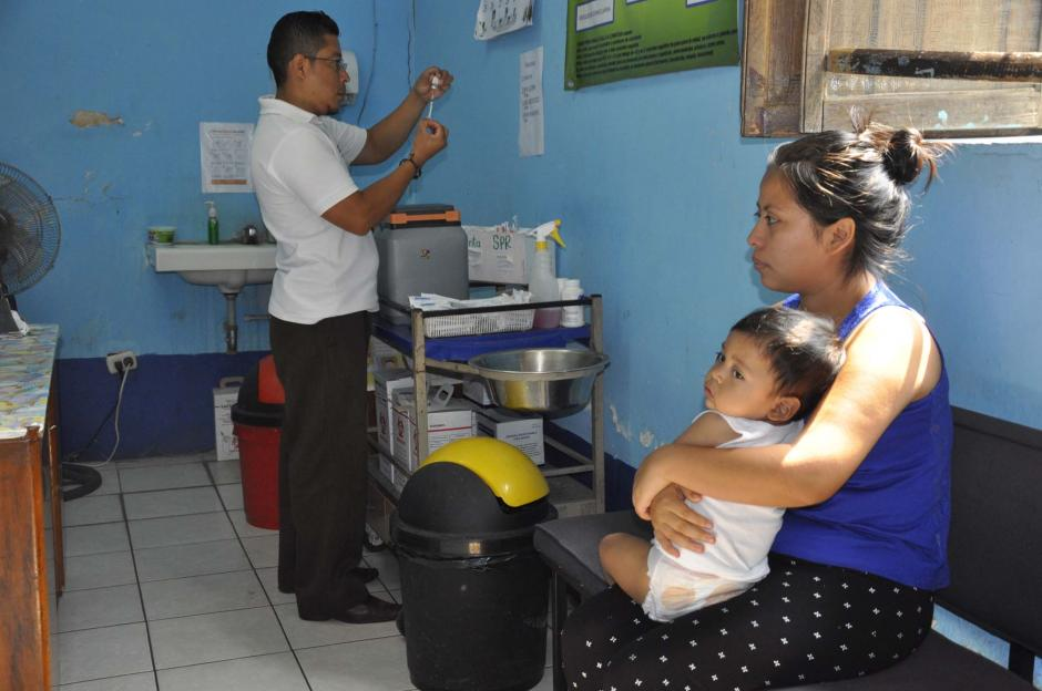 La prioridad del ministerio en la vacunación fue la de terminar con las dosis de OPV (Foto: Archivo/Nuestro Diario)