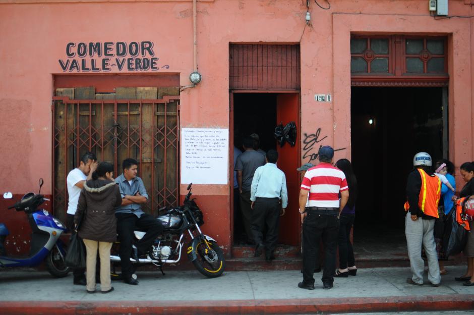 El velorio se llevó a cabo en el comedor propiedad de Matilda Pérez Escobar, una de las fallecidas. (Alejandro Balán/Soy502)