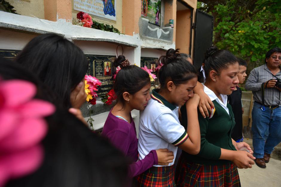 Entre los identificados, dos alumnos de la Escuela 810. (Foto: Jesús Alfonso/Soy502)