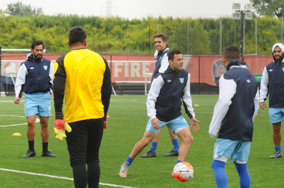 Marco Pappa ya entrena junto al grupo de seleccionados de Guatemala. (Foto: Aldo Martínez/NuestroDiario)