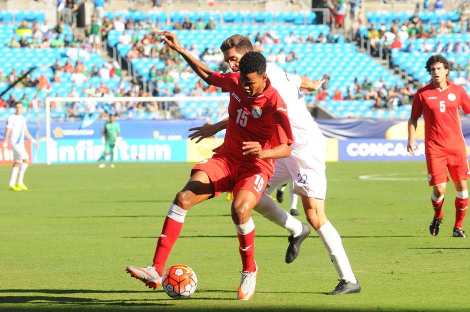 Con muy poco futbol, Cuba doblegó a la selección. (Foto: Aldo Martínez/Nuestro Diario)