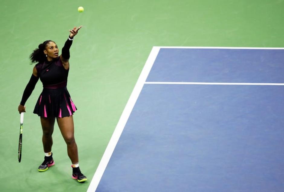 Serena Williams derrotó a Vania King en el Abierto de Estados Unidos. (Foto: usmagazine.com)
