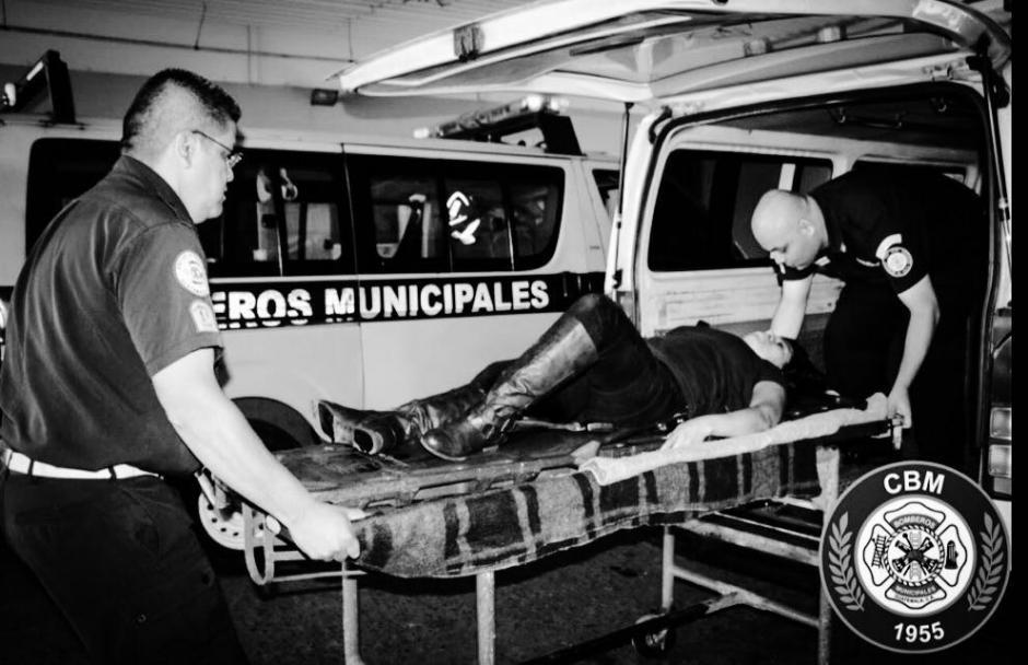 La balacera en la zona 1 dejó siete heridos. (Foto: Bomberos Municipales)