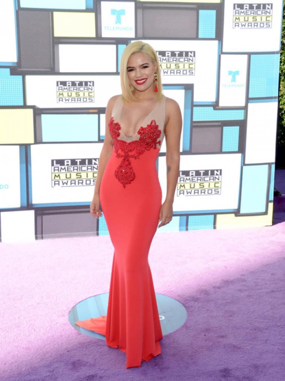 La cantante Karol G mostró su belleza. (Foto: Telemundo)