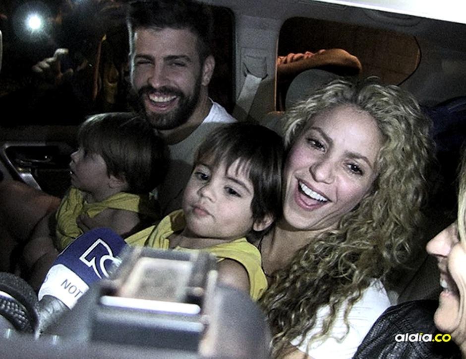 Los medios se avalanchan para tener palabras de Shakira en Barranquilla. (Foto: Al Día Colombia)