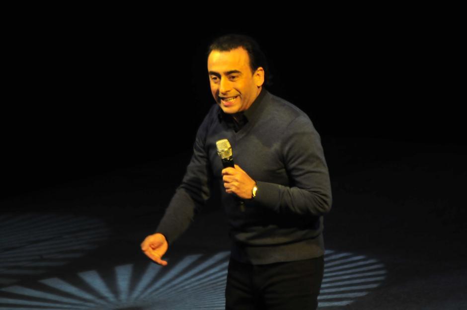 Adal Ramones hizo que más dos mil personas se rieran por más de tres horas con sus ocurrencias. (Foto: Alejandro Balán/Soy502)