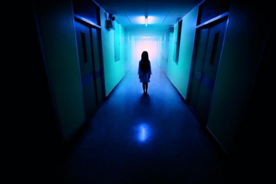 """Lo que muchos califican como una """"silueta fantasmal"""" fue captada por varios jóvenes en Costa Rica"""