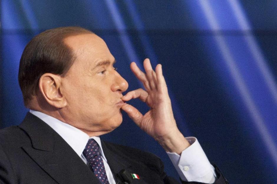 El polémico Berlusconi fue grabado amenazando a sus jugadores