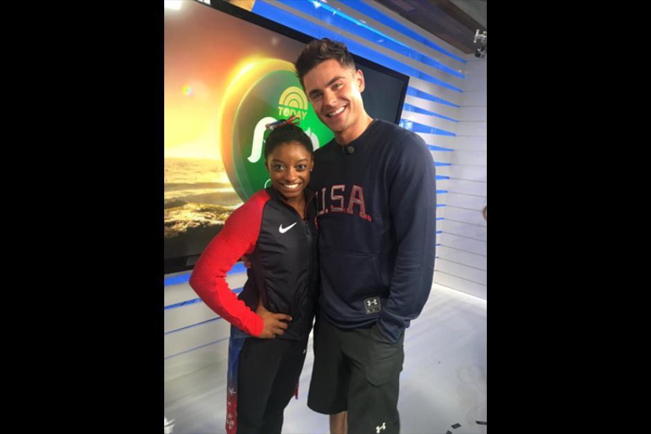 Zac le dedicó algunos tweets a la gimnasta. (Foto: Instagram)