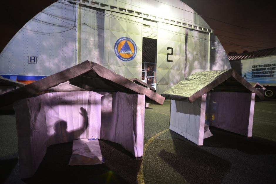 Simulan viviendas para dramatización de terremoto en la Coordinadora Nacional para la reducción de Desastres. (Foto: Wilder López/ Soy502)