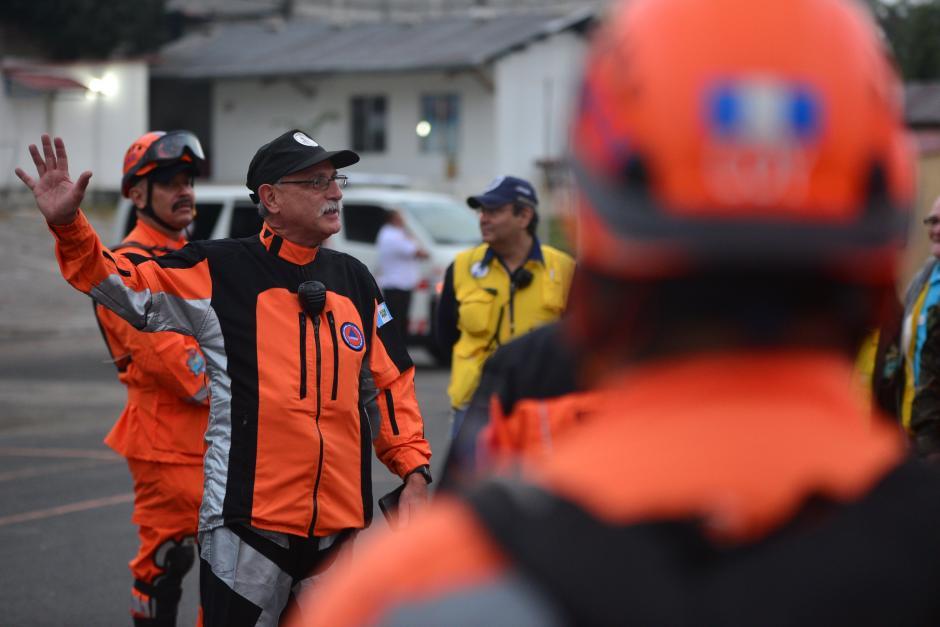 El simulacro de Conred es dirigido por Sergio Cabañas de la Coordinadora Nacional para la Reducción de Desastres (CONRED). (Foto: Wilder López/ Soy502)