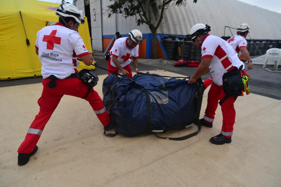 Cuerpos de socorro y la Coordinadora para la Reducción de Desastres (CONRED) participan en el simulacro que se realiza hoy. (Foto: Wilder López/ Soy502)