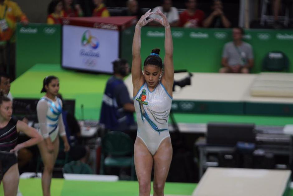 La gimnasta invitó a los críticos a que entrenen seis horas al día junto a ella. (Foto: Archivo/Soy502)